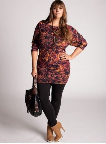 ac341906a41 How 40+ plus sized women can style leggings?